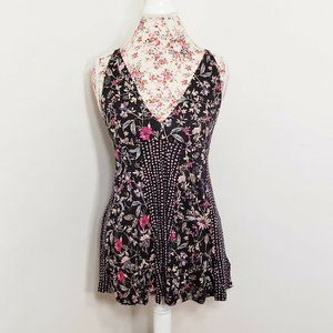Kimchi Blue Urban Outfitters Black Floral Tank